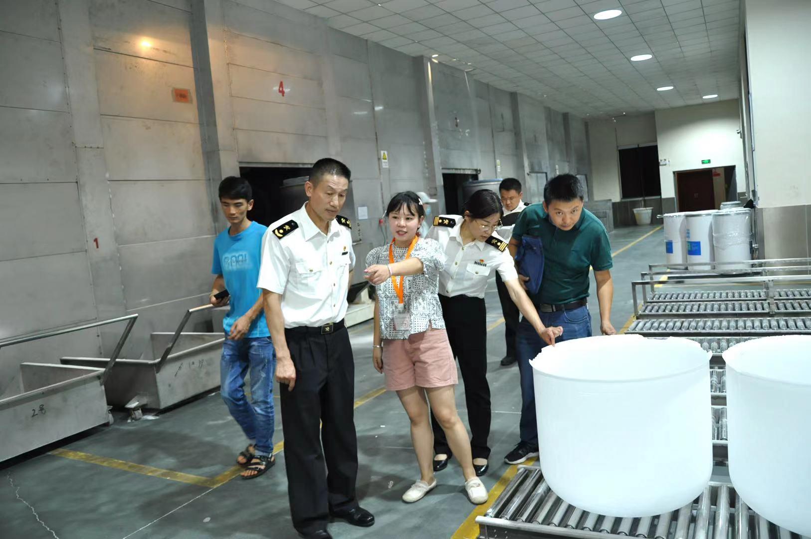 麗江海關全力促外貿穩增長 扶持企業自主申報走出國門